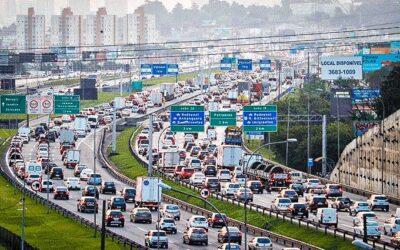 Montadoras querem adiar as novas regras de poluição. Médicos são contra